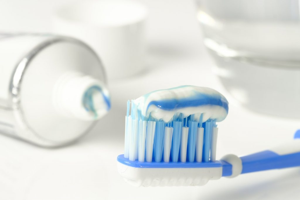 La higiene bucal y el acto de cepillarse los dientes